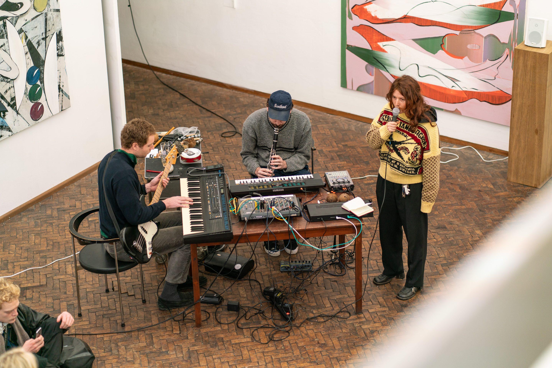 Janine van Oene / Performance